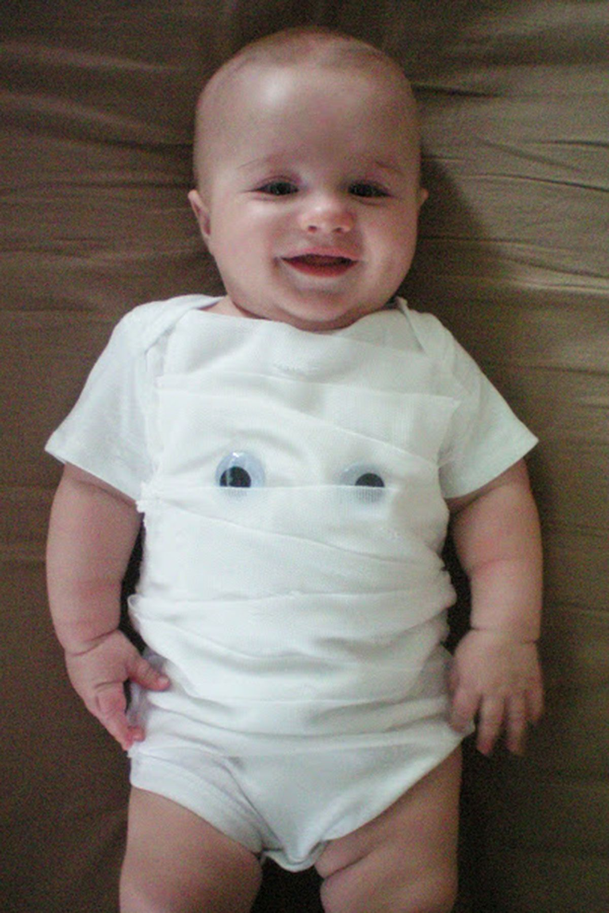 mummy diy infant halloween costume  sc 1 st  Country Living Magazine & 22 Cute Baby Halloween Costumes for Boys and Girls - Unique Ideas ...