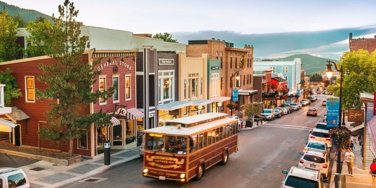 Best main streets in america best small town main streets for Best small cities to live in colorado