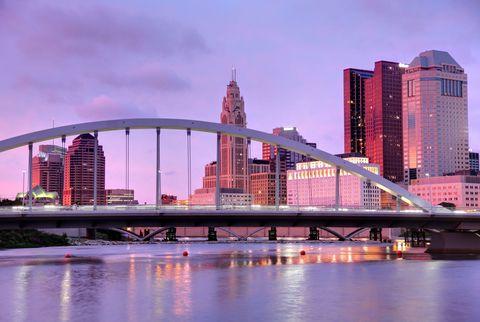 Tower block, Sky, Metropolitan area, Bridge, Metropolis, Urban area, City, Cityscape, Water, Architecture,