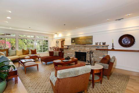 Room, Interior design, Floor, Flooring, Table, Furniture, Living room, Hardwood, Ceiling, Interior design,