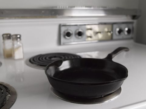 Serveware, Dishware, Cookware and bakeware, Liquid, Major appliance, Home appliance, Small appliance, Kitchen appliance accessory, Kitchen appliance, Gas,