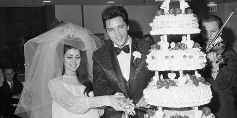 Elvis wedding cake