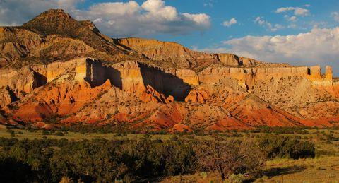 Mountainous landforms, Badlands, Nature, Natural landscape, Sky, Formation, Rock, Mountain, Geology, Wilderness,