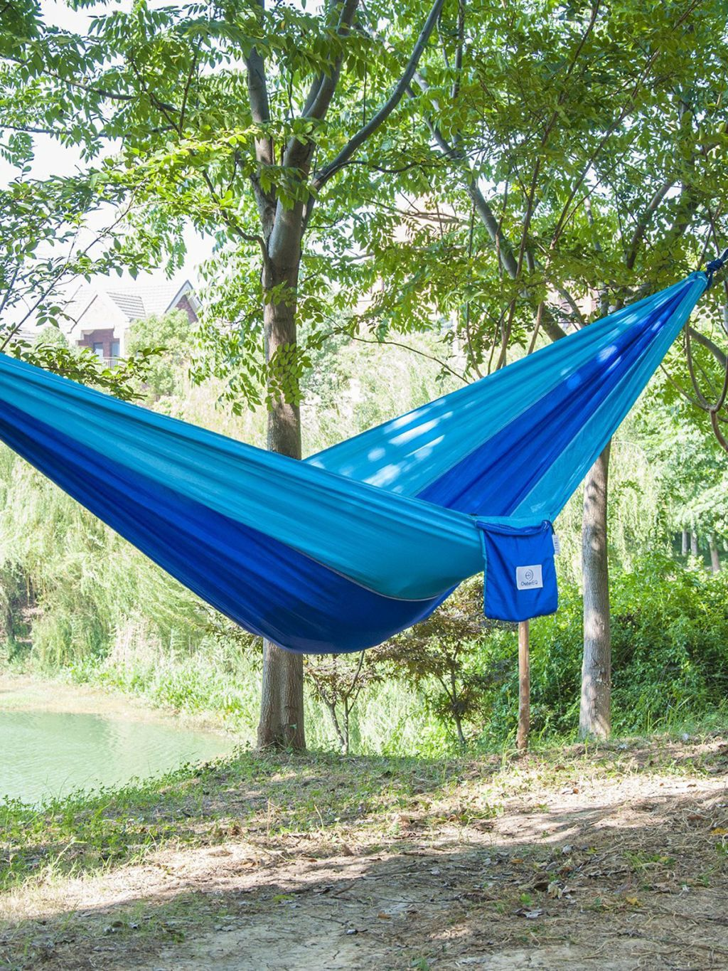 19 travel camping hammock 28 essential camping gear items   cheap camping supplies  rh   countryliving