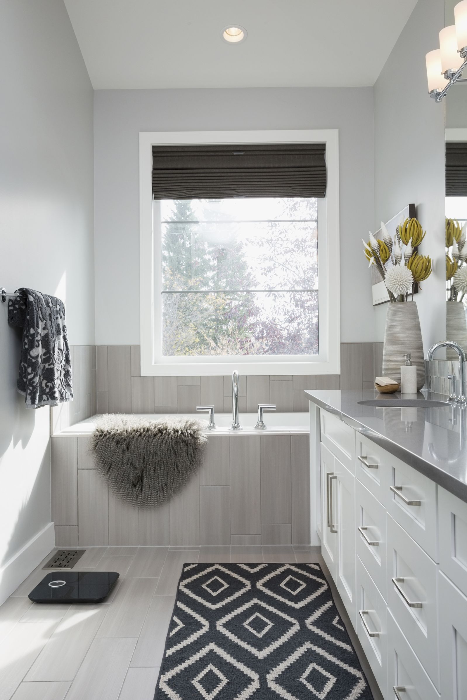 Gray walls in Fixer Upper bathroom by #JoannaGaines