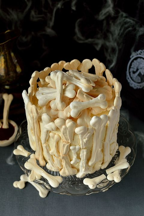 image domestic gothess meringue bone palace halloween cake