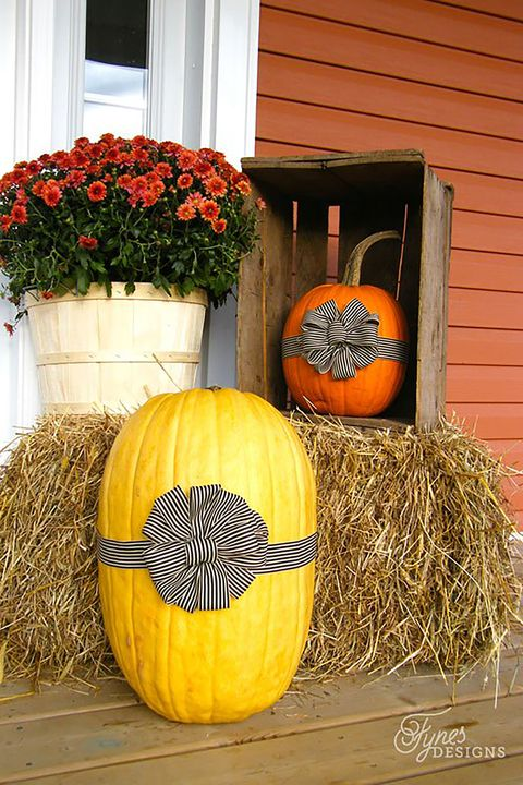 Fall Porch Decorating Ideas Pumpkins Ribbon