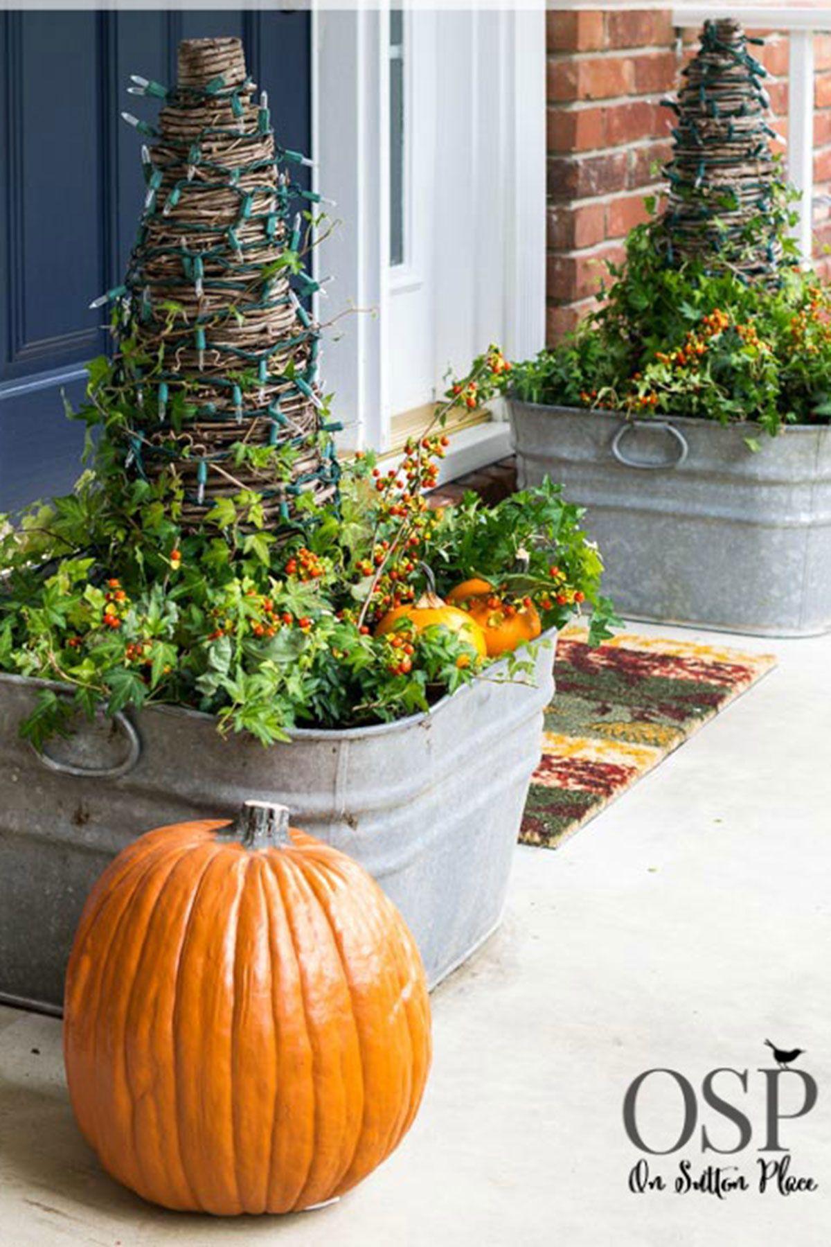 outdoor halloween decorations planters