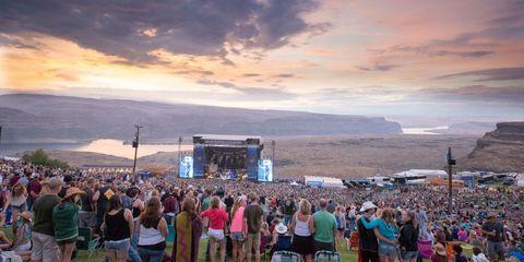 Crowd, People, Tourism, Leisure, Audience, Public event, Stage, Music venue, Evening, Festival,