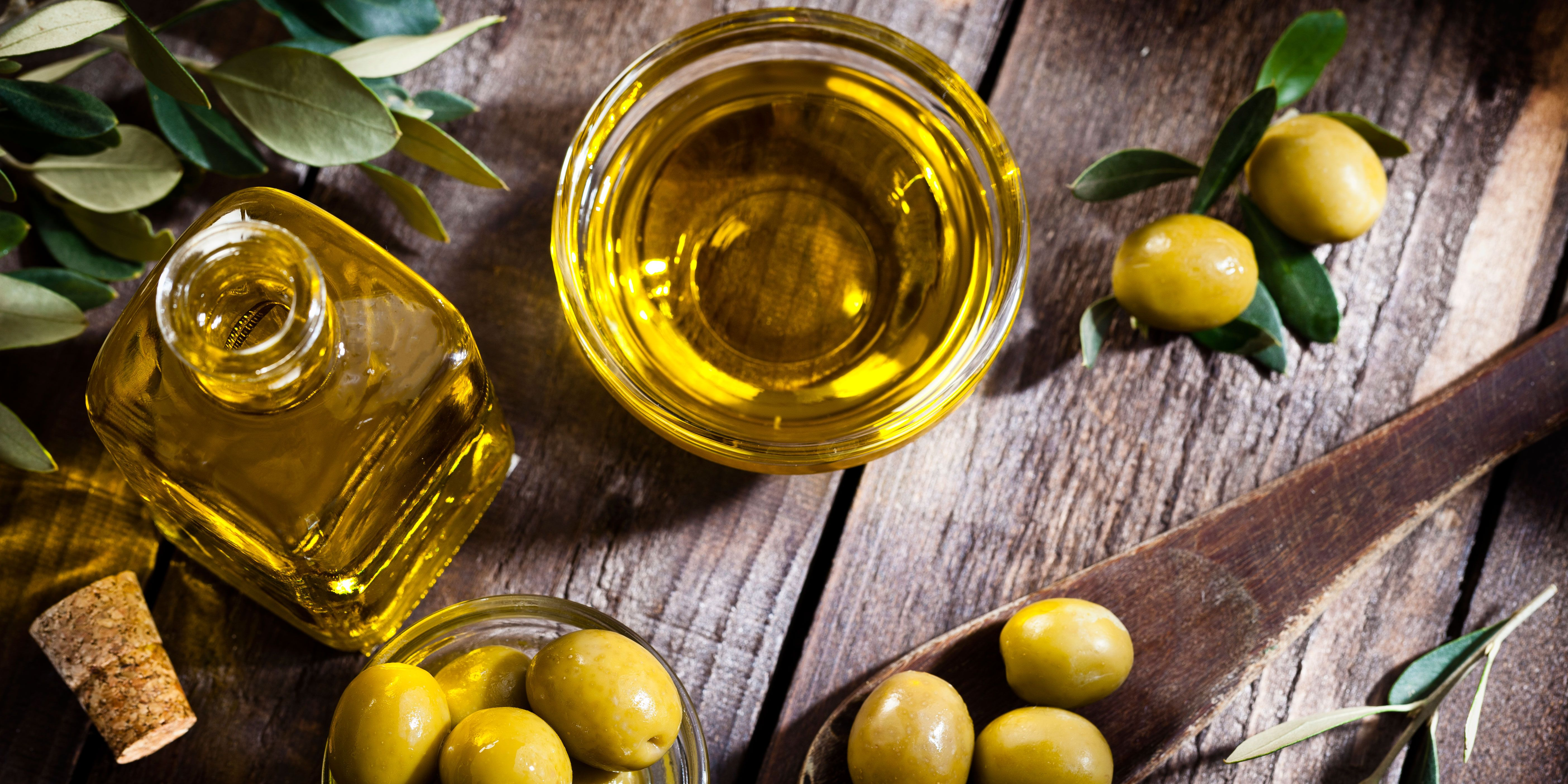 This Cooking Expert Says the Best Olive Oil Comes From Costco