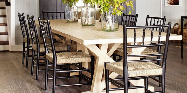 Best farm tables country farmhouse kitchen tables for Best farmhouse dining rooms