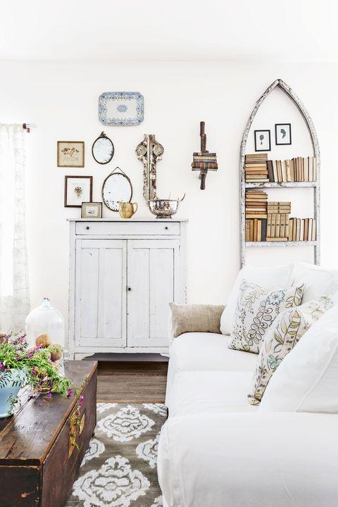 Wood, Room, Interior design, Wall, Home, White, Bedroom, Bed, Drawer, Interior design,
