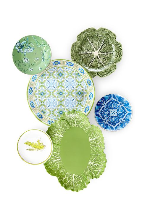 Dishware, Green, Plate, Tableware, Dinnerware set, Serveware, Porcelain, Pattern, Circle,