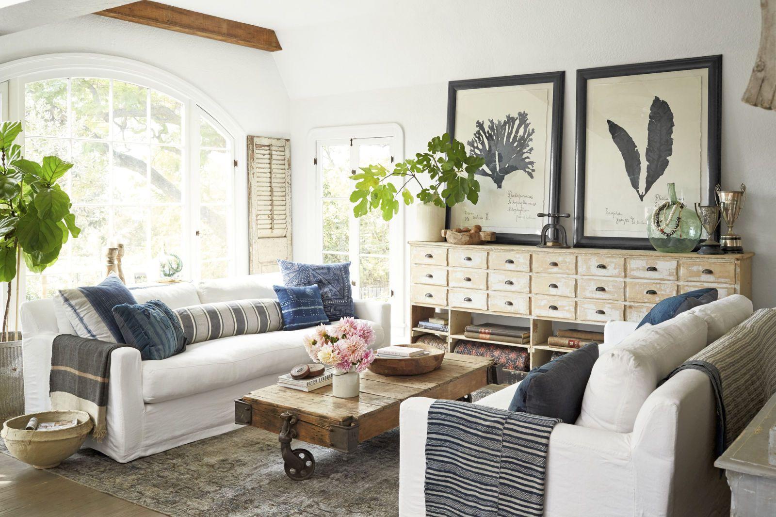 100 living room decorating ideas design photos of family rooms rh countryliving com living room decor ideas 2018 livingroom deko