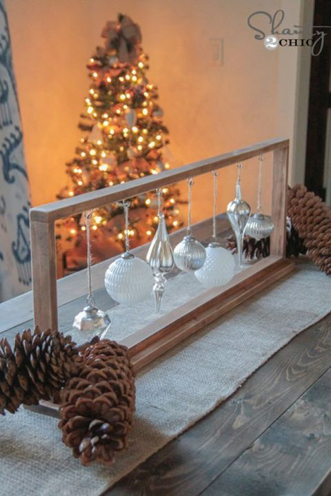 christmas table settings centerpieces framed ornaments - Wooden Christmas Table Decorations