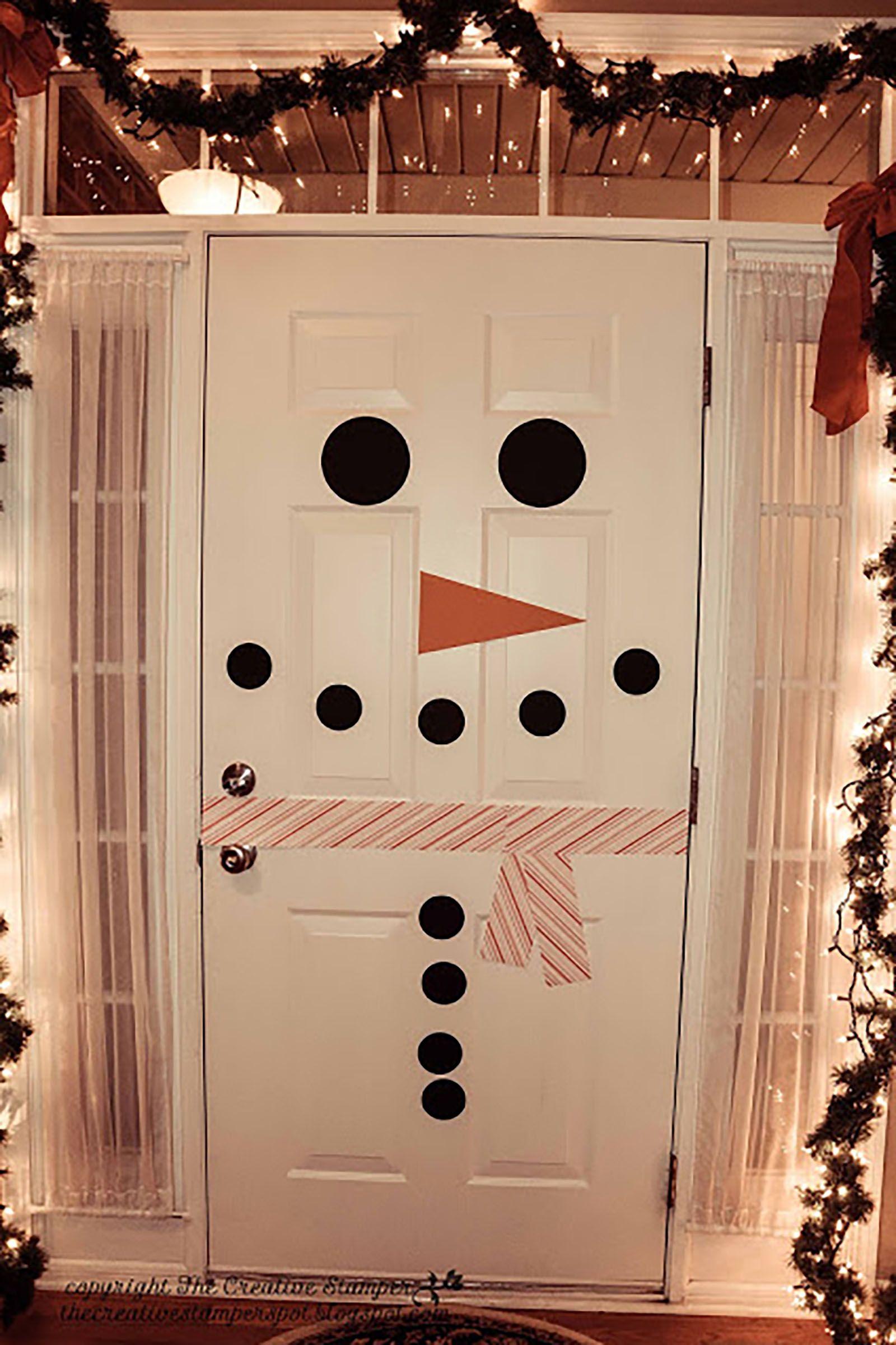 22 DIY Christmas Door Decorations - Holiday Door Decorating Ideas ...