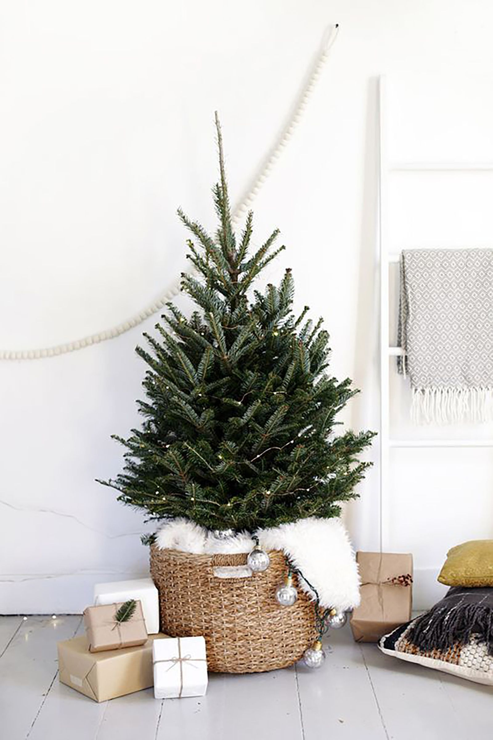 23 Best Small Christmas Trees - Ideas for Decorating Mini Christmas ...