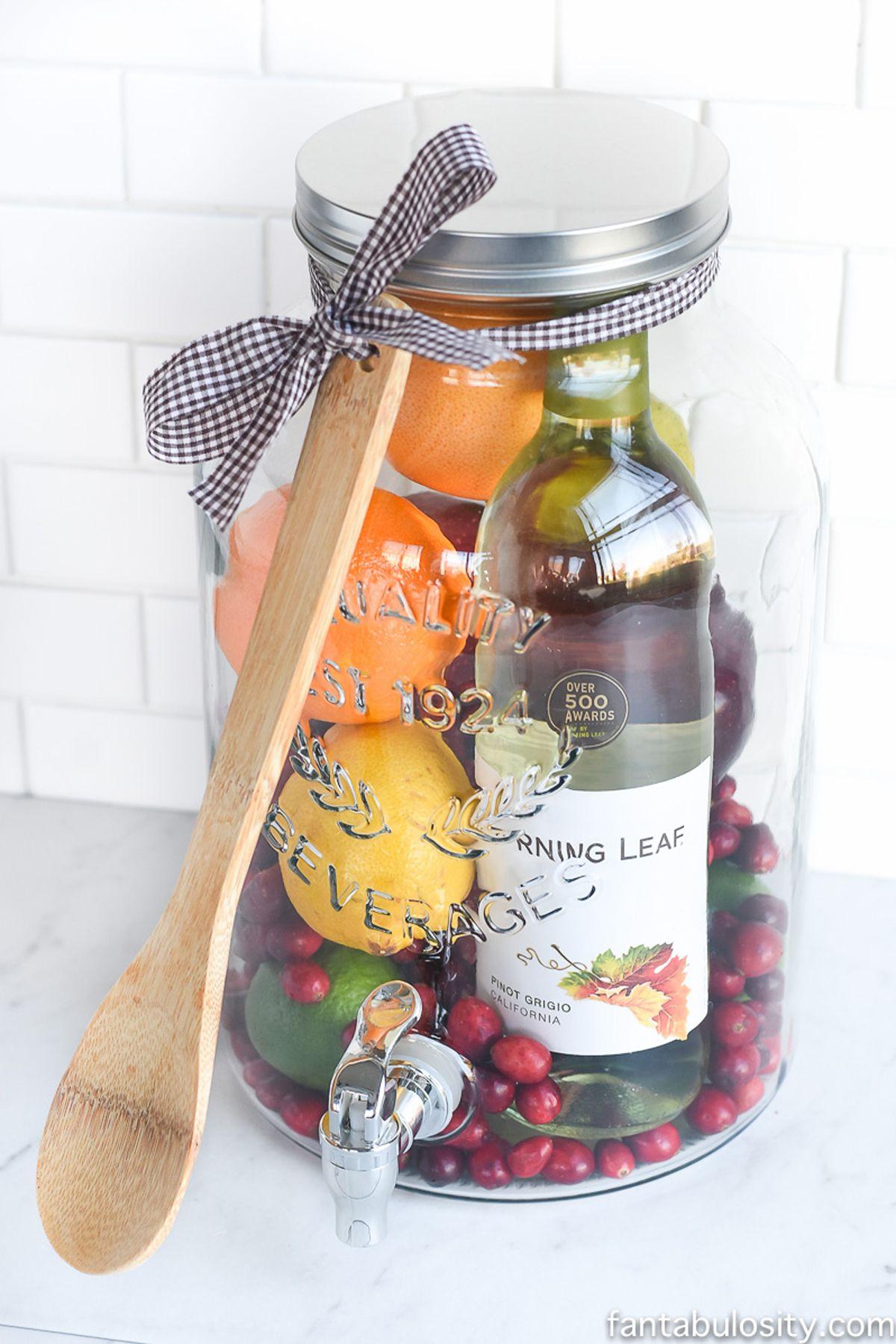Food basket gift ideas christmas