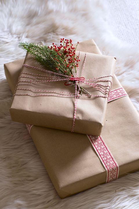 rustic gift wrapping idea