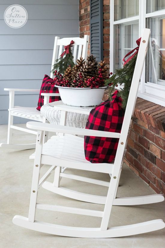 34 Outdoor Christmas Decorations - Ideas for Outside Christmas Porch ...