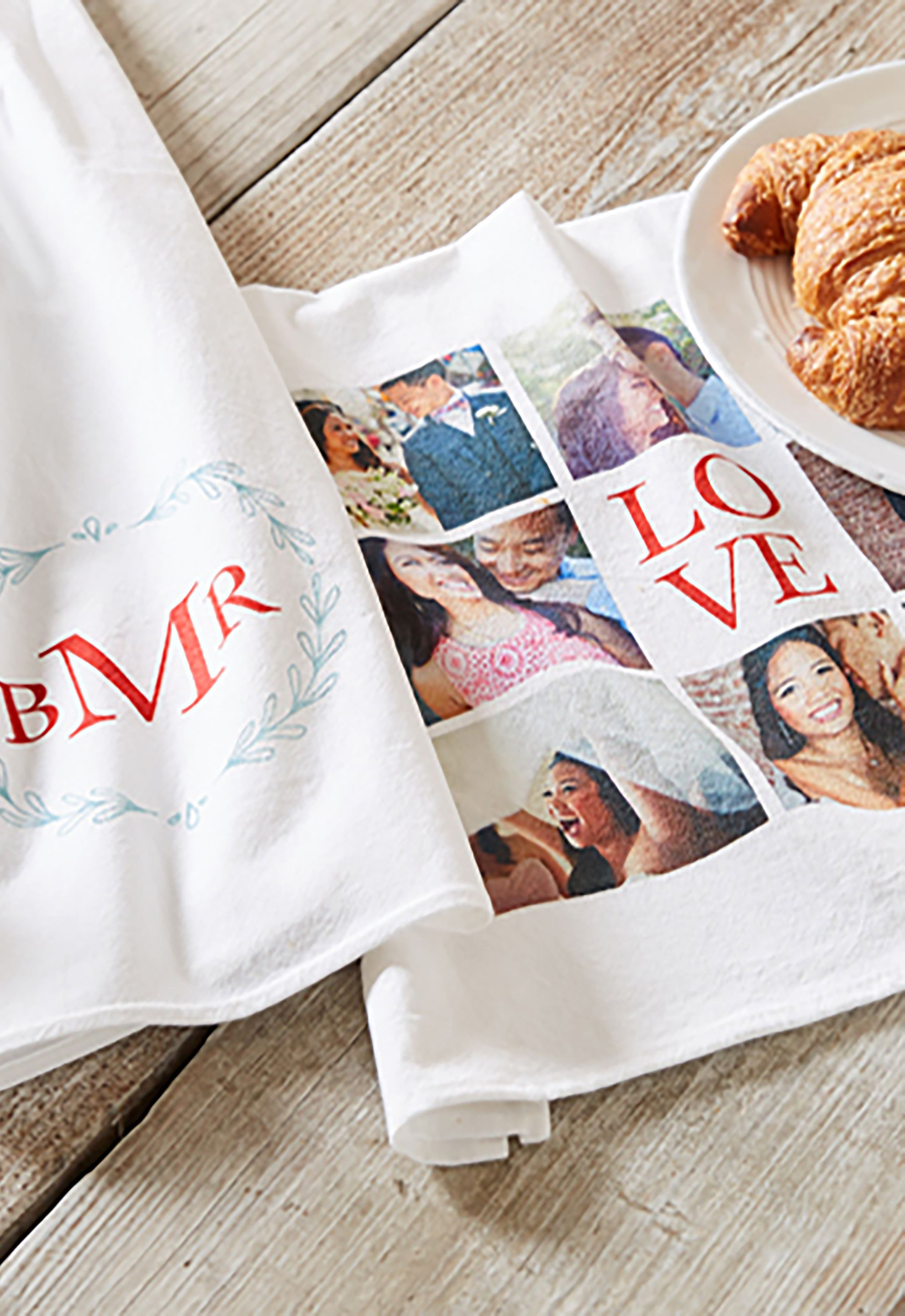 25 Personalized Photo Gift Ideas - Best Family Photo Gifts for Christmas