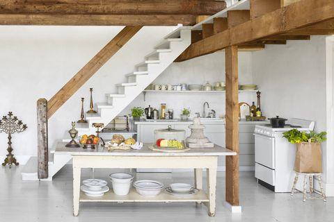 Room, Countertop, Shelf, Kitchen, Furniture, Property, Interior design, Ceiling, Building, House,