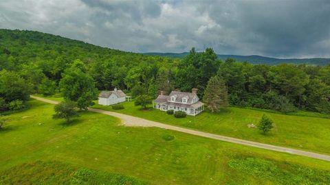 Green, Nature, Grassland, Natural landscape, Property, Land lot, Estate, Highland, Aerial photography, Grass,