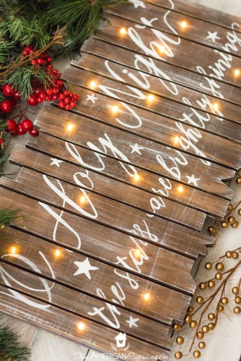 30 easy christmas crafts for adults to make diy ideas for holiday image courtesy of american patriette diy rustic light up christmas sign solutioingenieria Image collections