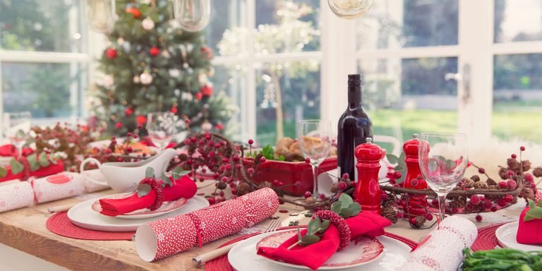 10 best christmas placemats holiday themed place mats to buy now when that cranberry sauce misses the plate your tables will be thanking you for these festive placemats plus get more christmas table decorating ideas solutioingenieria Image collections