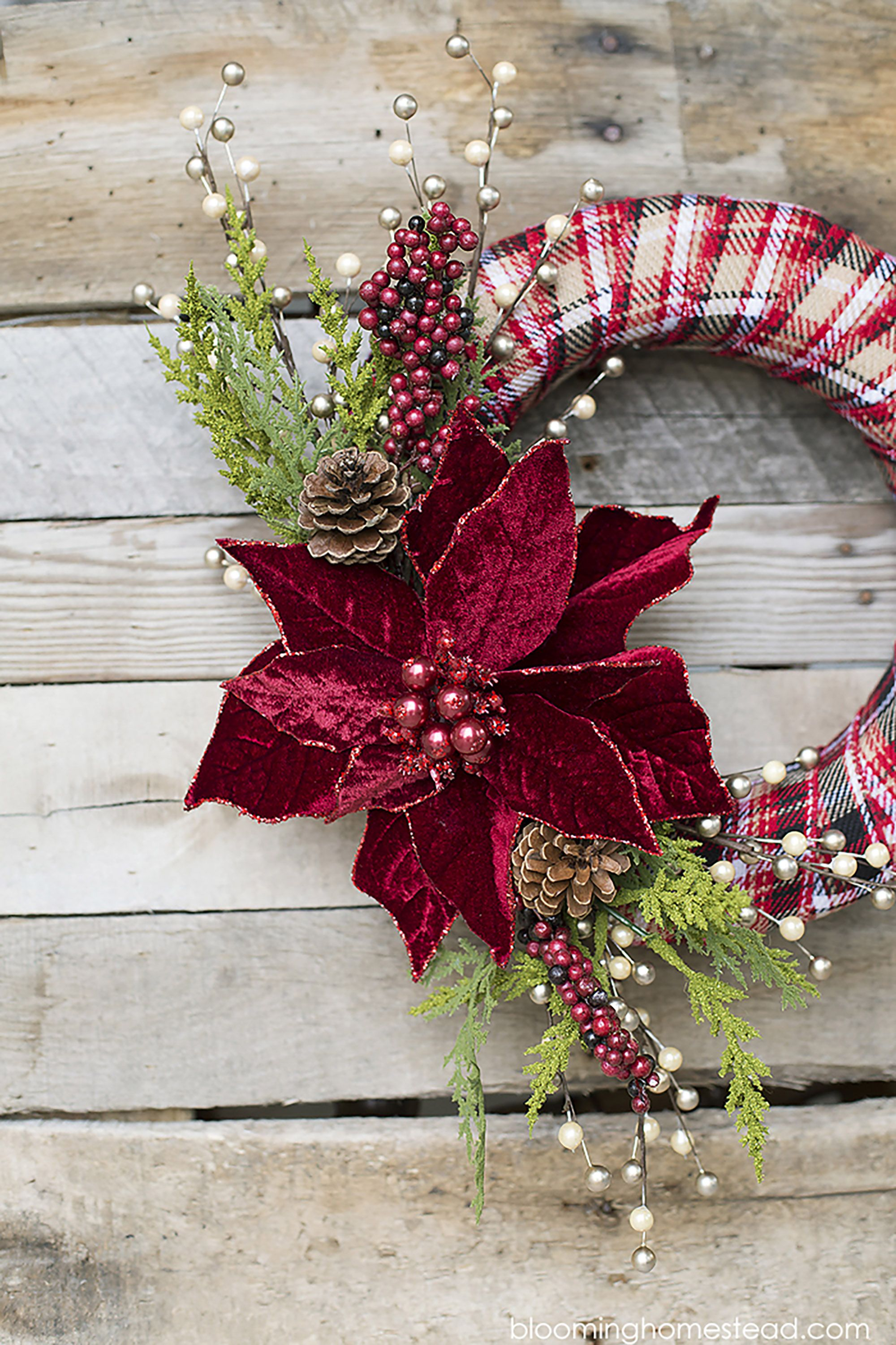 39 Easy Christmas Crafts For Adults To Make