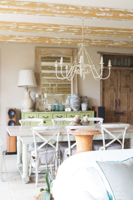 12 Rustic Chandelier Ideas Best, White Chandeliers For Dining Rooms