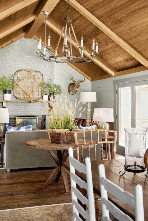 12 Rustic Chandelier Ideas Best Country Farmhouse