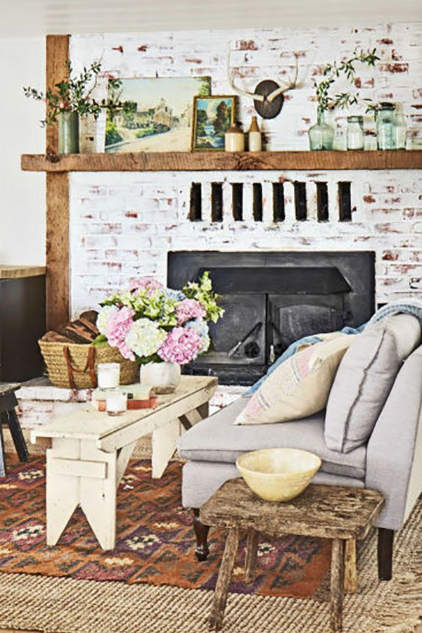 Family Room Design Ideas On A Budget: 30+ Inexpensive Decorating Ideas