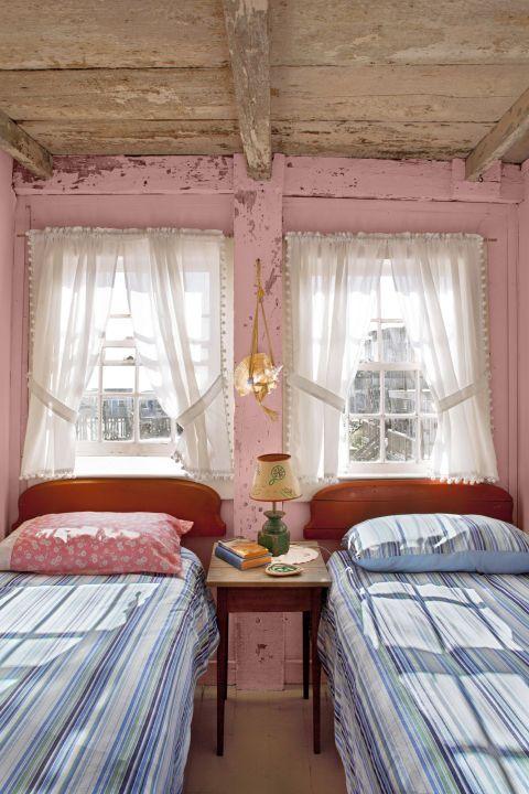 23 warm paint colors cozy color schemes rh countryliving com
