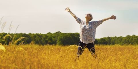 People in nature, Yellow, Field, Happy, Sky, Grassland, Grass family, Grass, Meadow, Fun,