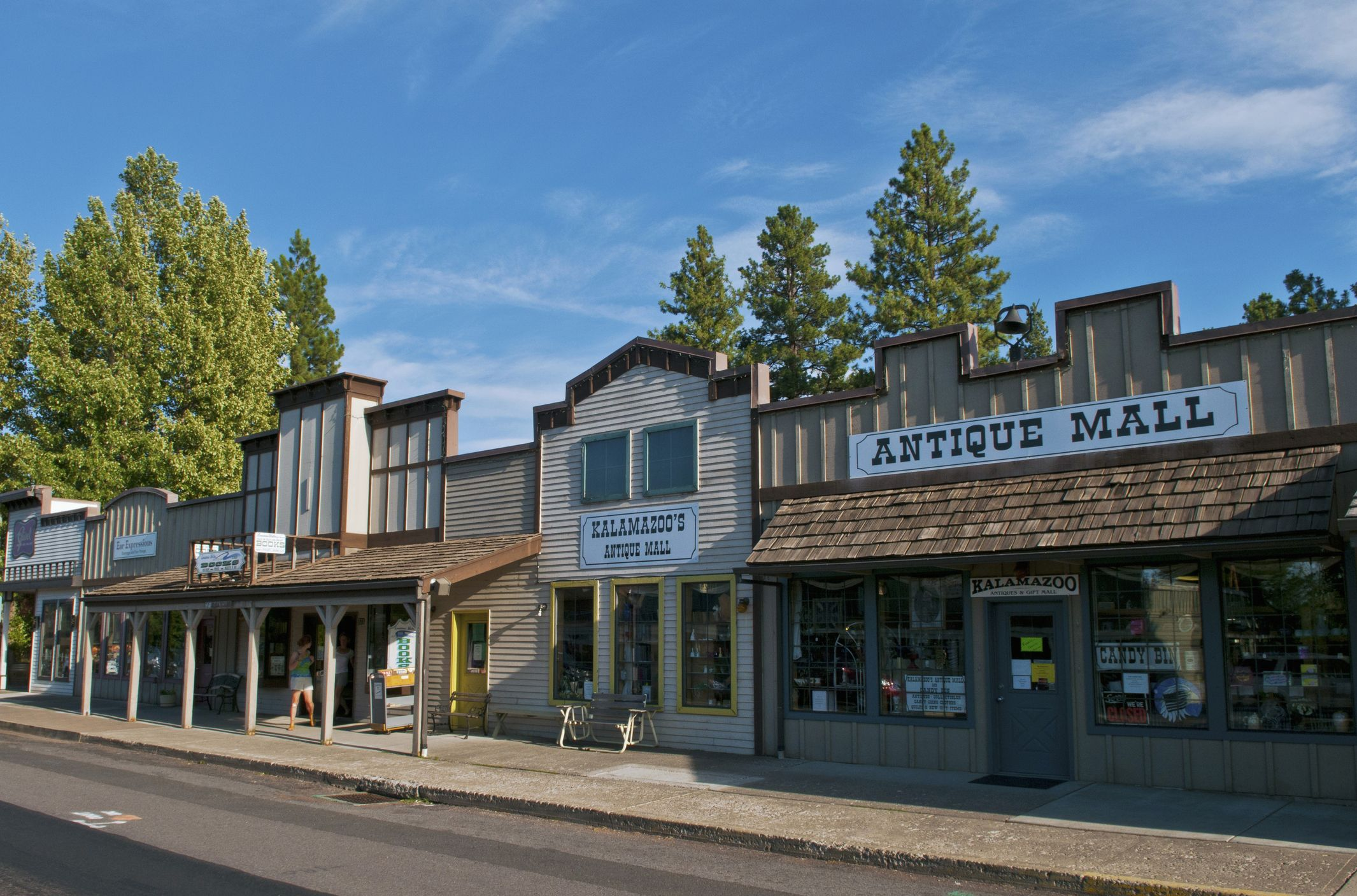 19 Best Small Towns in Oregon - Cute Oregon Small Towns to Live In