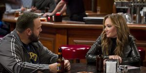 Kevin James and Leah Remini in Kevin Can Wait