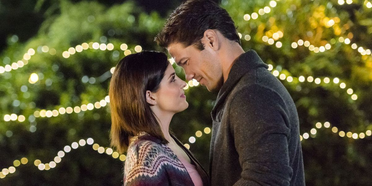 The Hallmark Channel Will Premiere 6 Fall Movies to Hold You Over Until Christmas