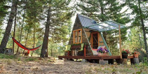 House, Cottage, Tree, Home, Building, Log cabin, Tree house, Woodland, Shed, Forest,