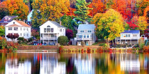 Reflection, Nature, Tree, Home, Leaf, Autumn, Property, Natural landscape, House, Waterway,