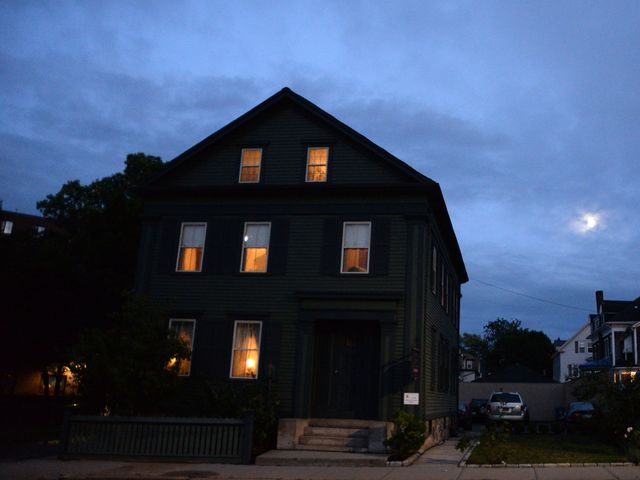 I Spent The Night In Lizzie Borden House Here S What Hened