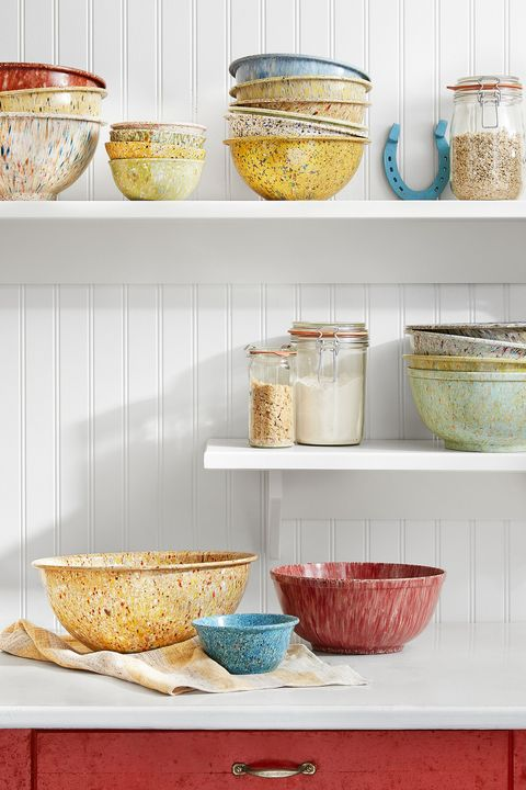 Shelf, Shelving, Bowl, Yellow, Room, Furniture, Mixing bowl, Ceramic, Tableware, Textile,