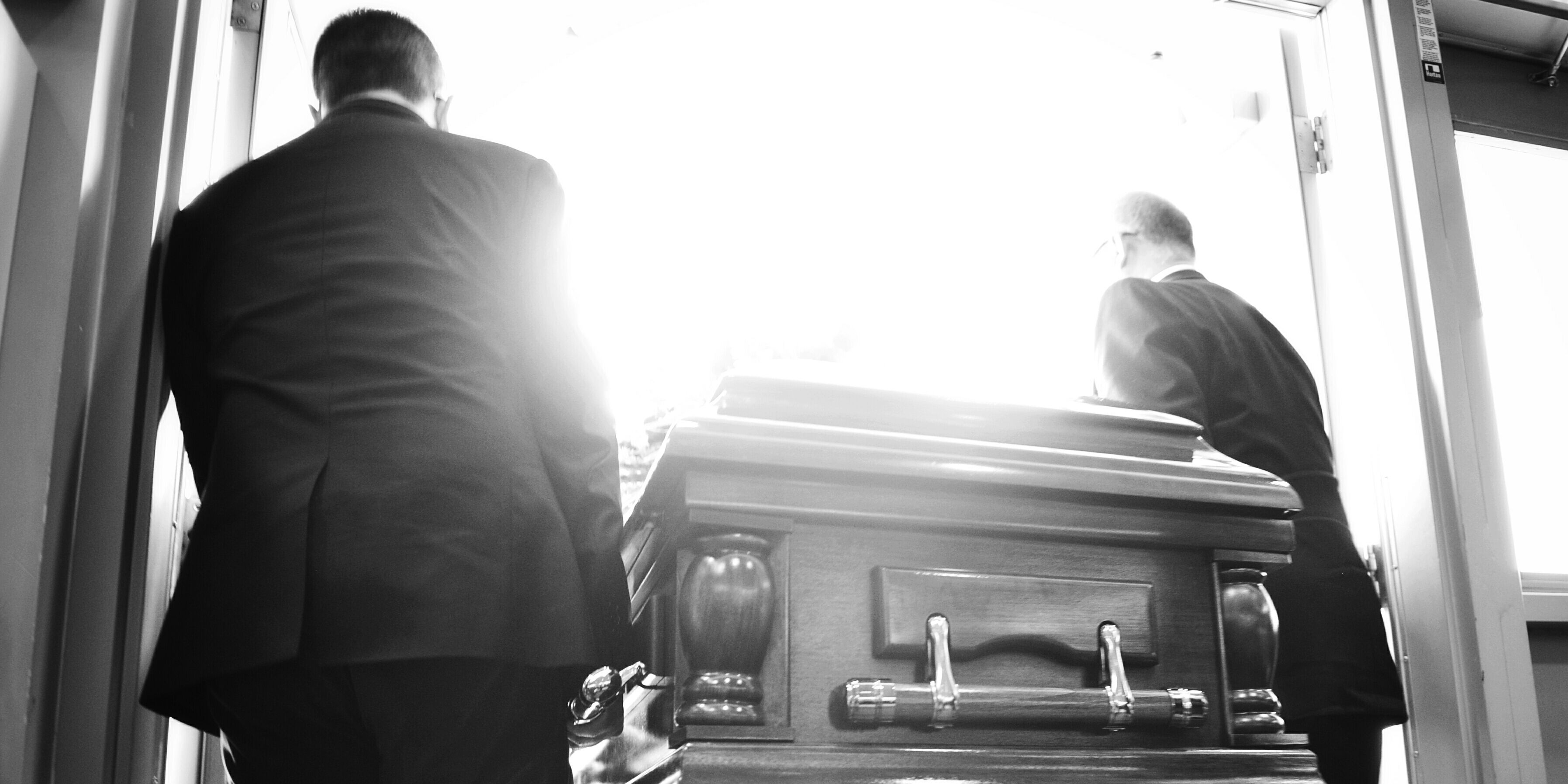 7 Things a Funeral Director Wants You to Know