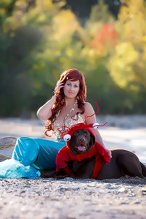 64079a869c0 20 Adorable Costumes You Can Wear With Your Dog - Pet Couple Costume ...