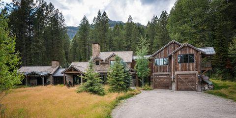 Property, Home, House, Natural landscape, Cottage, Tree, Grass, Real estate, Rural area, Building,