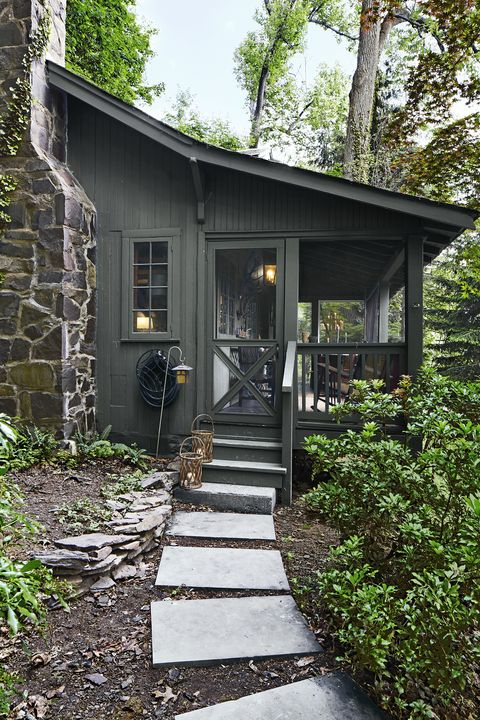 Take A Peek Inside Danny Seo S Tiny Home Small Cabin