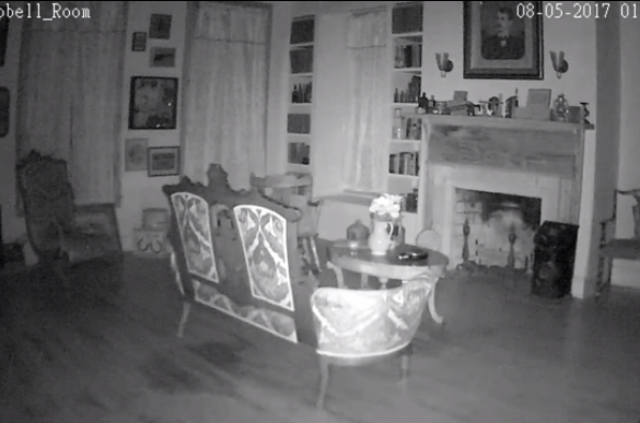 See Inside This Haunted Texas Hotelu2014and Watch The Seriously Spooky Video  Captured There   This Picture Of A Child Ghost In The Window Of A Haunted  Texas ...
