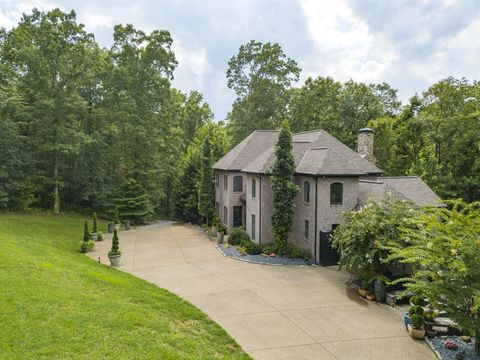 Property, House, Home, Estate, Real estate, Cottage, Tree, Building, Botany, Grass,