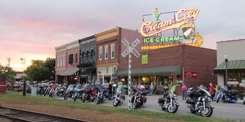 Best Small Towns In Tennessee