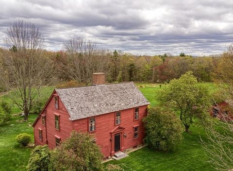 Property, House, Natural landscape, Rural area, Cottage, Roof, Home, Tree, Building, Grass,